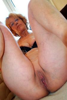 More Sexy Granny more..