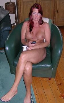 Redhead mature beauty..