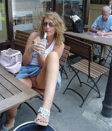 Hot blonde upskirt pussy..