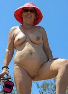 Naked granny with big..