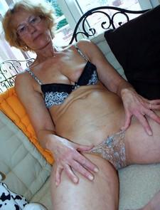 More Sexy Granny erotic..