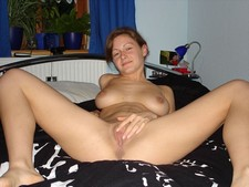 Mature wife spreading..