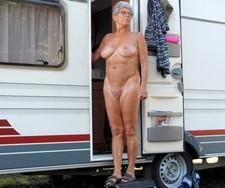 Naked hawt granny,..