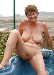 Smiling naked granny..