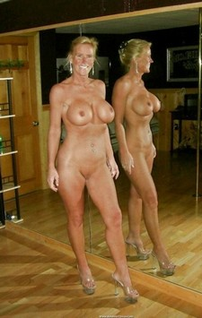 Self Shots Of Nude..
