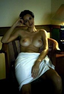 Topless Wife Show Nice..